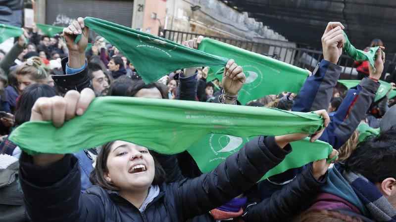 Argentine: vote historique en faveur du droit à l'avortement