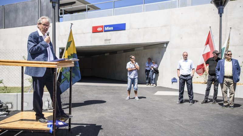 La gare de Mies a été officiellement inaugurée samedi en présence du directeur de Léman 2030, Peter Jedelhauser.
