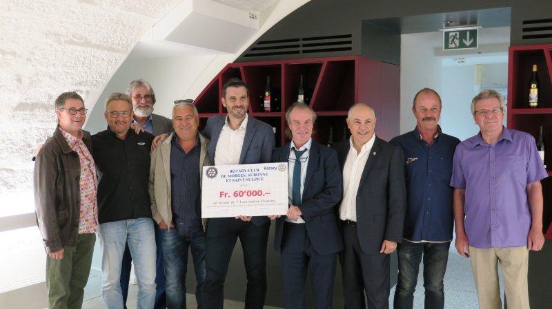 Le chèque des trois clubs du Rotary a été remis à Morges.