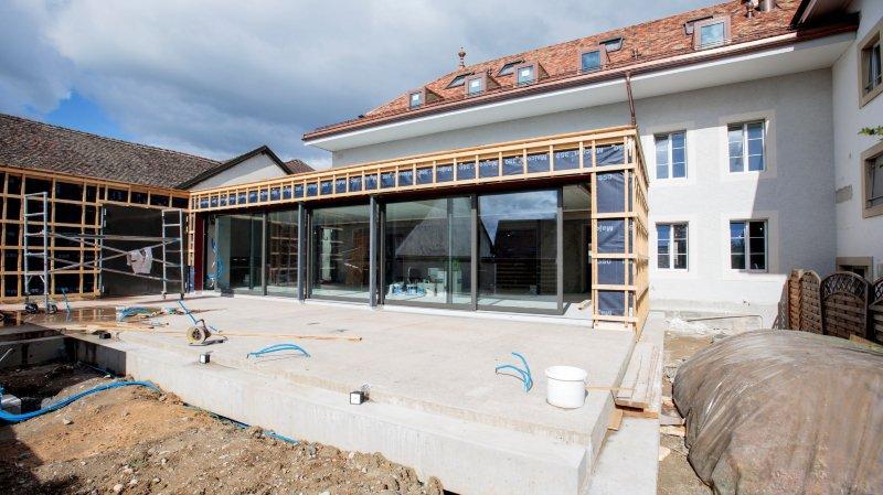 La terrasse de l'auberge de Trélex, en travaux depuis 2016.