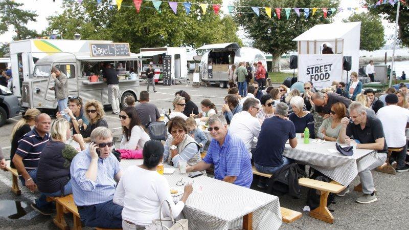 Lors de la première édition du Street Food Festival, il y a une année (photo), la Ville de Nyon avait annoncé plancher sur un règlement pour les restos ambulants. Au vu de la complexité du dossier, il lui faudra encore un peu de temps.