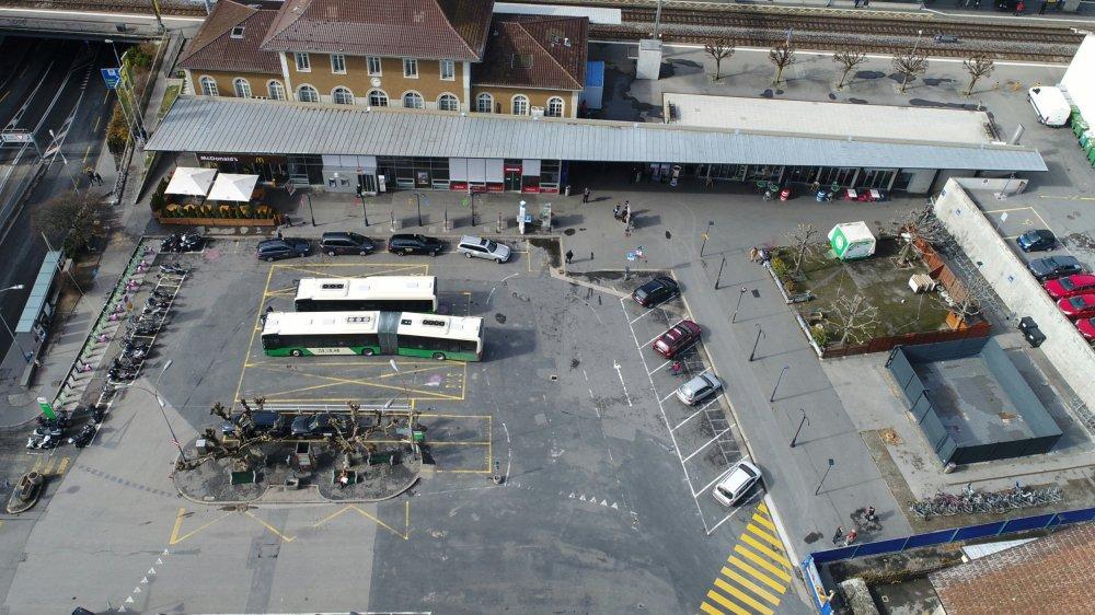 Dorénavant, les voitures ne pourront plus accéder à la place de la gare de Morges.