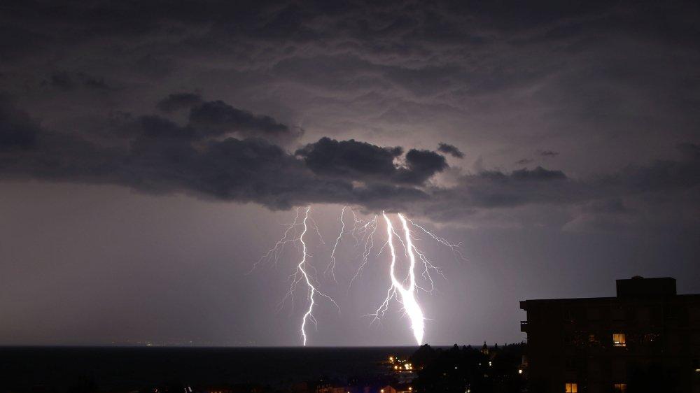 Un orage est, par essence, très difficile à prévoir avec exactitude.