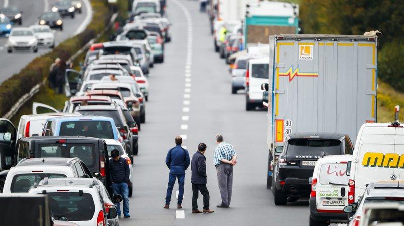 Assurances: les accidents de la route en Suisse coûtent 710 millions par an