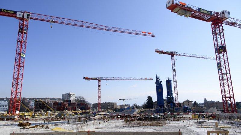Si les investissements dans le bâtiment ont progressé, on note un recul dans le génie civil (illustration).