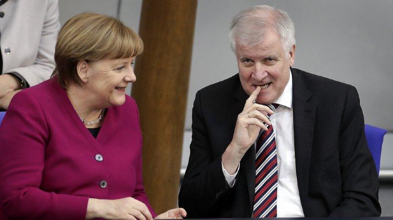 Allemagne: accord entre Merkel et son ministre de l'Intérieur sur la politique migratoire
