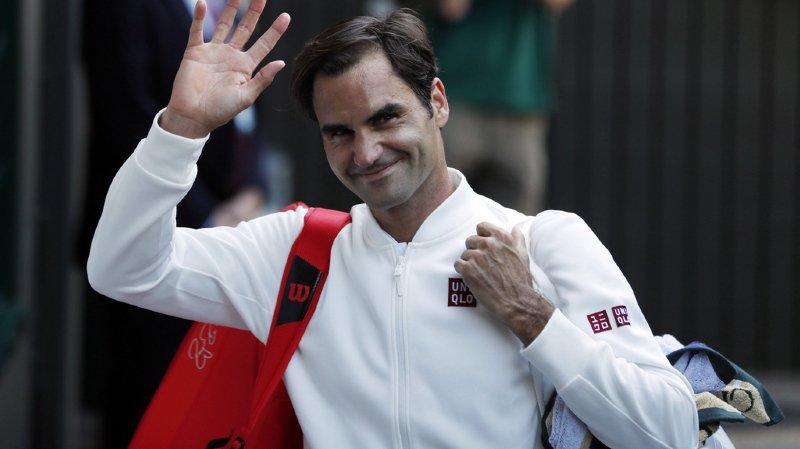 Roger Federer arbore désormais les couleurs de la marque Uniqlo et non plus Nike.
