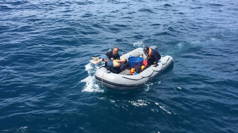 Les autorités thaïlandaises ont récupéré les corps de 21 personnes mortes dans le naufrage d'un bateau transportant des touristes au large de la station balnéaire de Phuket.