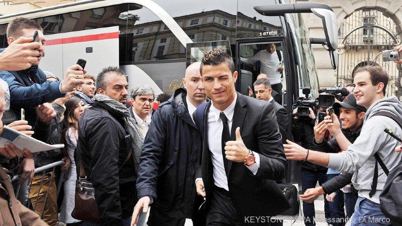 Football: Cristiano Ronaldo passe la visite médicale à la Juventus