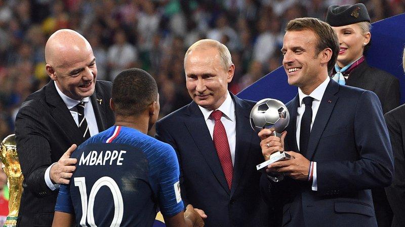 Sur décision d'Emmanuel Macron, les Bleus recevront la Légion d'honneur dans quelques mois.