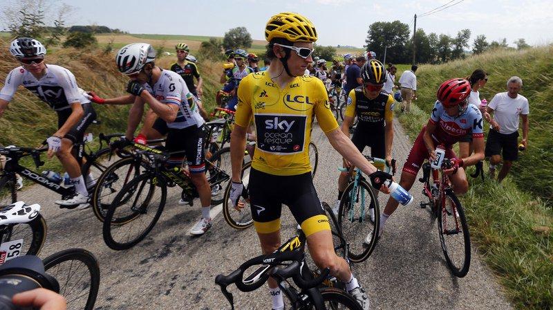 Cyclisme - Tour de France: la course provisoirement neutralisée après des jets de gaz lacrymogène