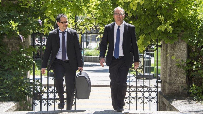 L'arrivée au Palais de justice de Sion de Me Sakkas et Oberson, les défenseurs de Dominique Giroud.