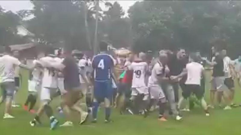 Quatre joueurs du FC Kosova arrêtés et présentés au procureur après le match violent à Versoix