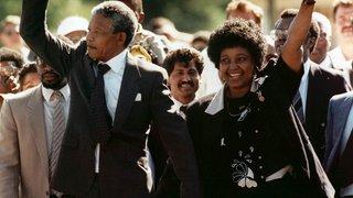 Afrique du Sud: Nelson Mandela était surveillé par le FBI après sa sortie de prison pour menace communiste
