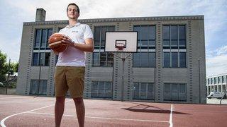 À 28 ans, il reprend les rênes de son club de cœur à Gland