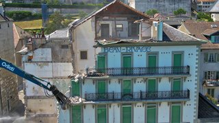 Nyon: la démolition de la façade côté lac de l'Hôtel Beau-Rivage