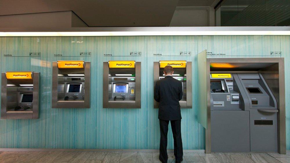 Le lent étranglement de PostFinance