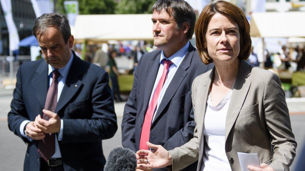 Les trois présidents de parti: Gerhard Pfister (à gauche, PDC), Christian Levrat (PS) et Petra Gössi (PLR) espèrent un aboutissement des négociations avec l'Union cette année.
