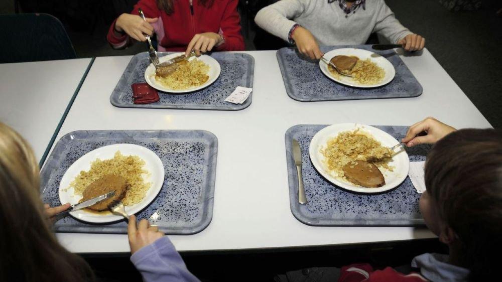 A partir de la rentrée, les tarifs de cantine de tous les élèves du primaire (1-8e Harmos) seront facturés selon les revenus de leurs parents.