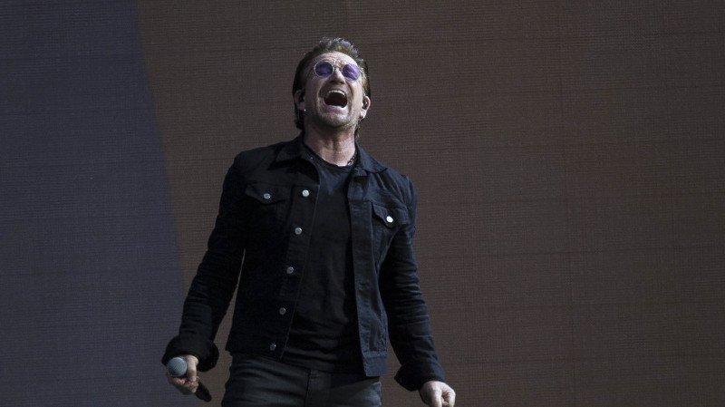 Musique: le groupe U2 interrompt un concert à Berlin à cause d'une extinction de voix
