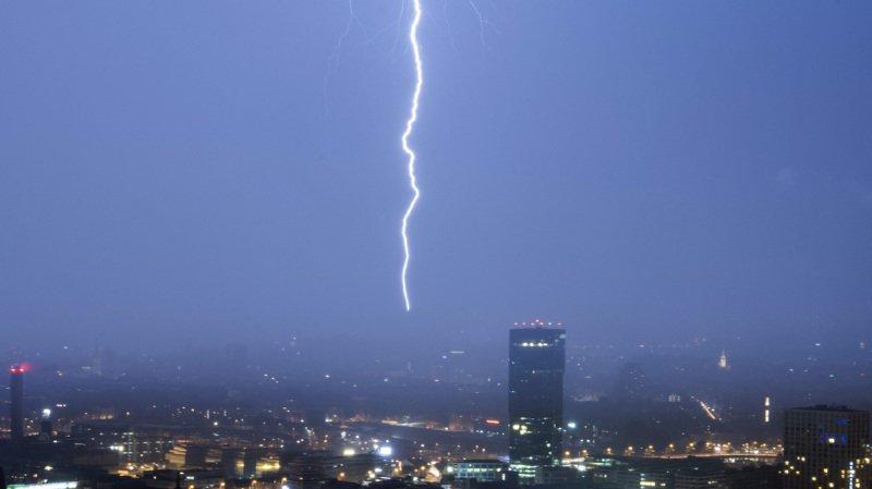 Météo: la nuit a été agitée dans le ciel suisse, où 10'000 éclairs ont été répertoriés