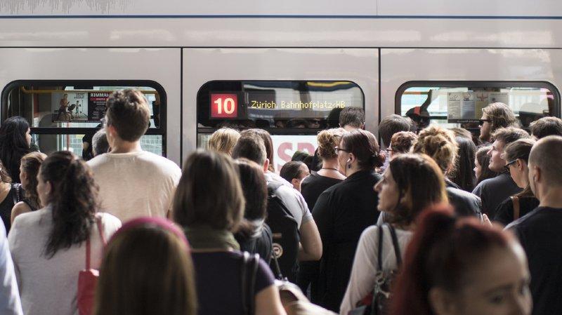 Les trains devraient à nouveau circuler normalement dès mardi à 05h20. (illustration)