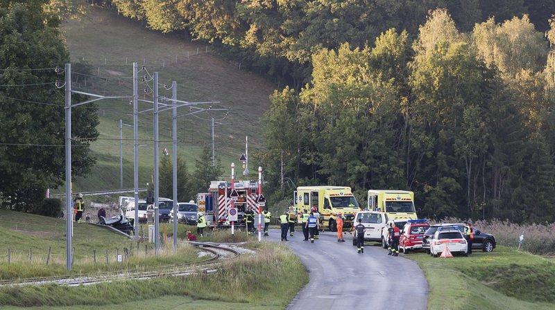 Châtel-St-Denis (FR): collision entre un train et une voiture, un homme et deux fillettes grièvement blessés