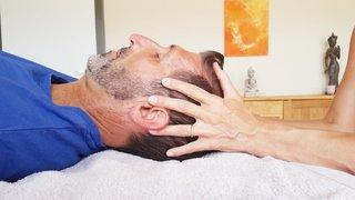 La thérapie craniosacrale, ou comment dénouer les tensions tout en finesse