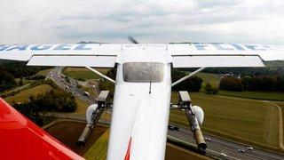 Un avion antigrêle dans le ciel suisse