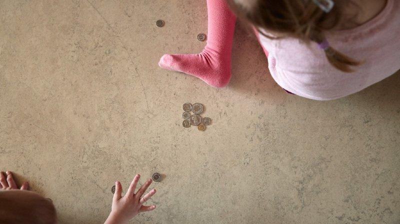 Sécurité sociale: le Conseil national coupe dans les aides aux familles