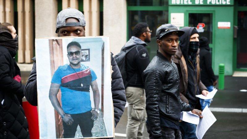 Lausanne: c'est un arrêt cardiaque, pas une overdose, qui a tué le Nigérian Mike, en mars, lors d'un contrôle de police