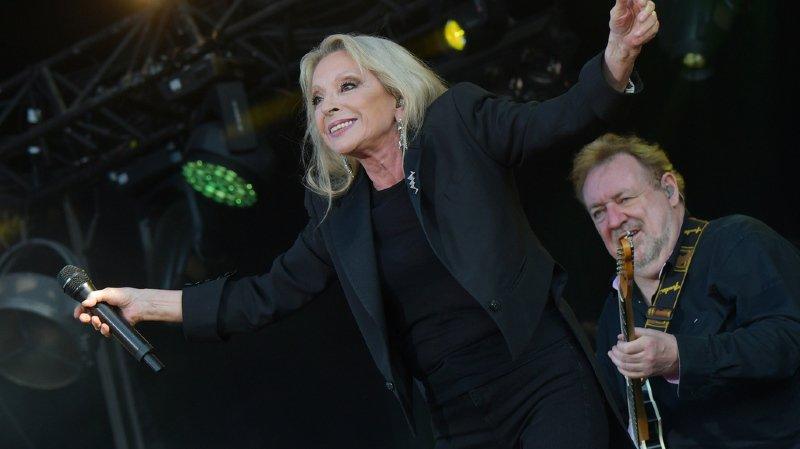 Musique: la chanteuse Véronique Sanson annule ses concerts pour soigner une tumeur