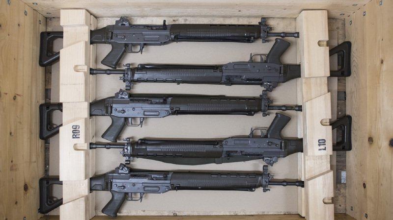Exportations d'armes: le comité d'initiative réunit 25 000 signatures en moins de 2 jours