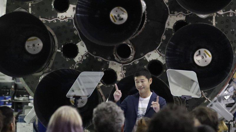 Espace: le milliardaire japonais Yusaku Maezawa sera le premier touriste lunaire de SpaceX en 2023