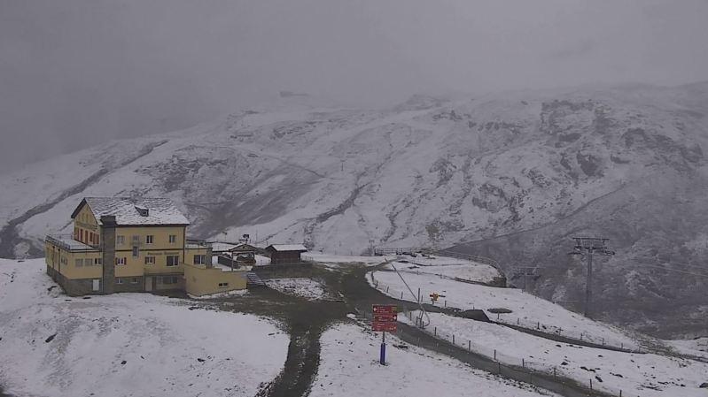 Météo: la neige a fait sa première apparition sur les hauteurs des Alpes