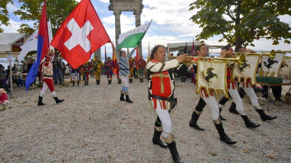 La parade des lanceurs de drapeaux d'Arezzo, en Toscane, a enthousiasmé le public.