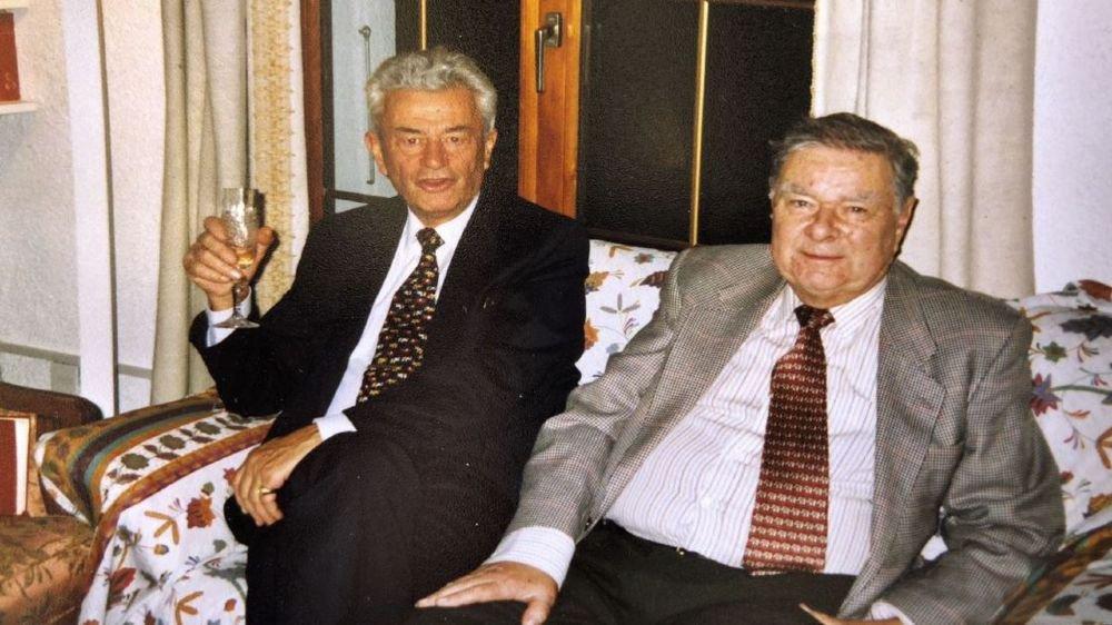 Johannes (à g.) et Joachim Ernst, photographiés ici en 2005. Les deux cousins ont vécu une mésaventure lors de leur dernier voyage ensemble.