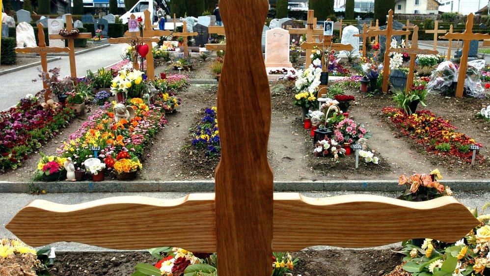 Les emplacements varient en fonction de ce que le cimetière peut proposer.