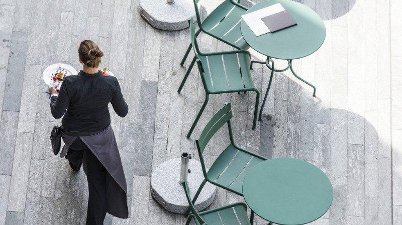 Genève: sans autorisation valide, 280 restaurants, bars et cafés doivent fermer