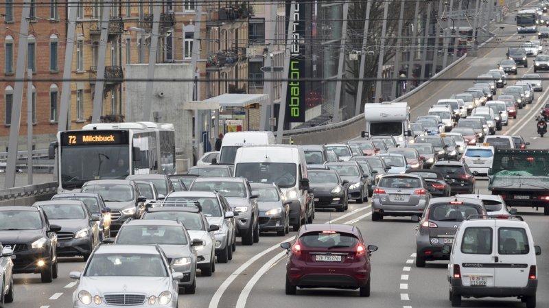 les Suisses dépensent en moyenne 733 francs par mois pour leur voiture. (illustration)