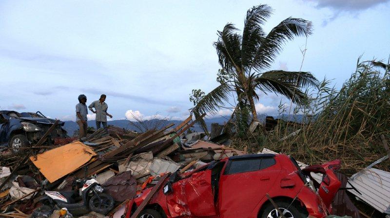 Indonésie: le bilan du séisme et du tsunami s'approche des 2000 morts et devrait encore s'alourdir