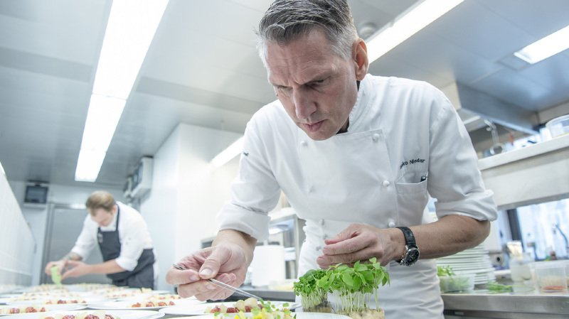 """Gastronomie: Heiko Nieder """"cuisinier de l'année 2019"""" du Gault&Millau Suisse"""