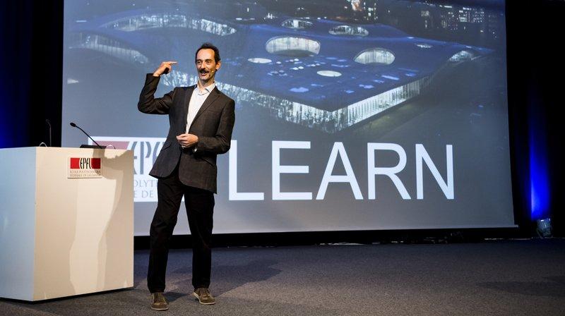Le professeur Francesco Mondada, directeur de LEARN et créateur du robot Thymio parle lors de l'inauguration du Centre LEARN dédié aux sciences de l'éducation a l'EPFL ce mercredi 10 octobre 2018 à Lausanne.