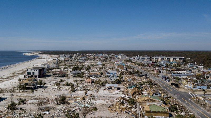 Etats-Unis: le bilan de l'ouragan Michael grimpe à 16 morts