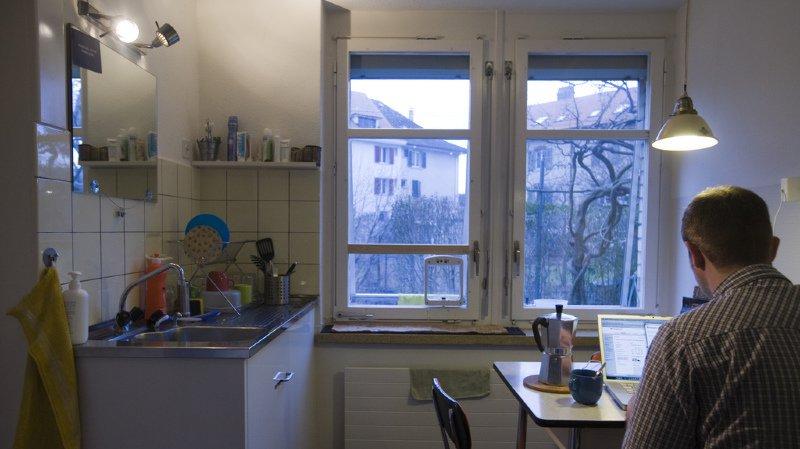 Plus d'un tiers des 3,7 millions de ménages en Suisse est composé d'une seule personne (35%). (illustration)