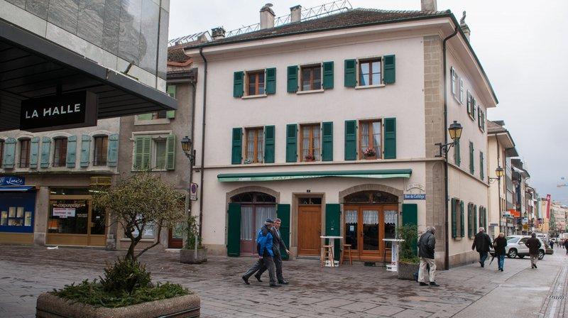 Après deux semaines de vacances, le Café Vaudois rouvrira trois jours, du 29 au 31 octobre, avant des grands nettoyages et un nouveau tenancier dès la mi-novembre.
