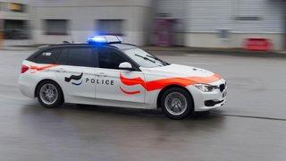 Fribourg: mort mystérieuse d'un homme retrouvé dans un parking à Cottens éclaircie