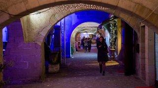 Coppet: nouvel éclairage public sous les arcades