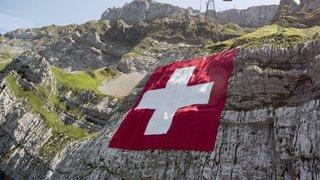 Les meilleurs salaires du monde, la loi contre les pédophiles la plus sévère d'Europe ou les confessions… l'actu suisse vue du reste du monde