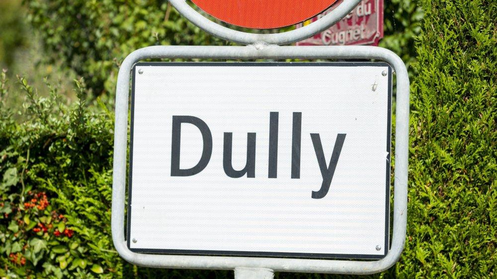 163 citoyens de Dully assisteront à la Fête des vignerons à l'invitation des autorités.